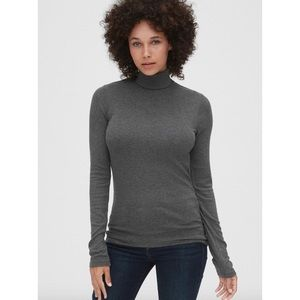 GAP NWT Cozy Ribbed Turtleneck in Charcoal Grey